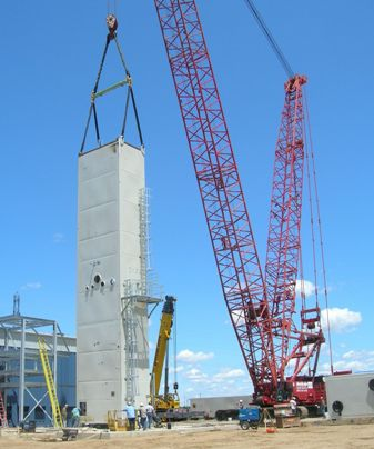 First ASU module being placed on foundation.